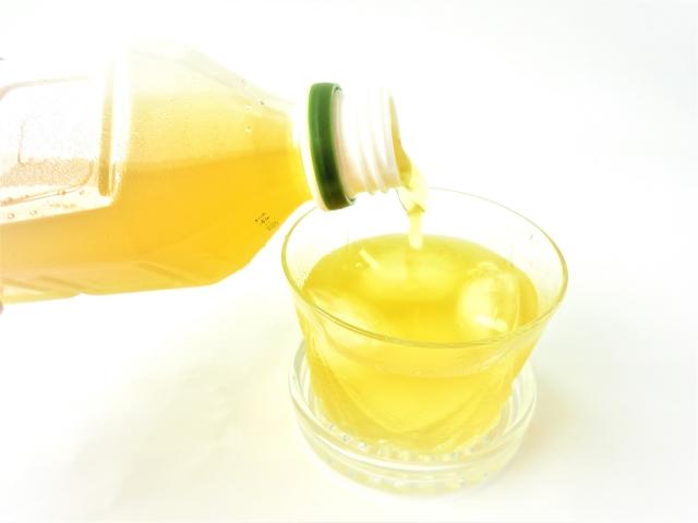 ペットボトル(お茶)
